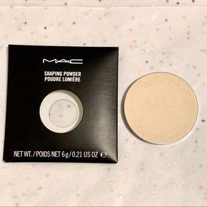 🌷3/$30🌷MAC Shaping Powder In Emphasize